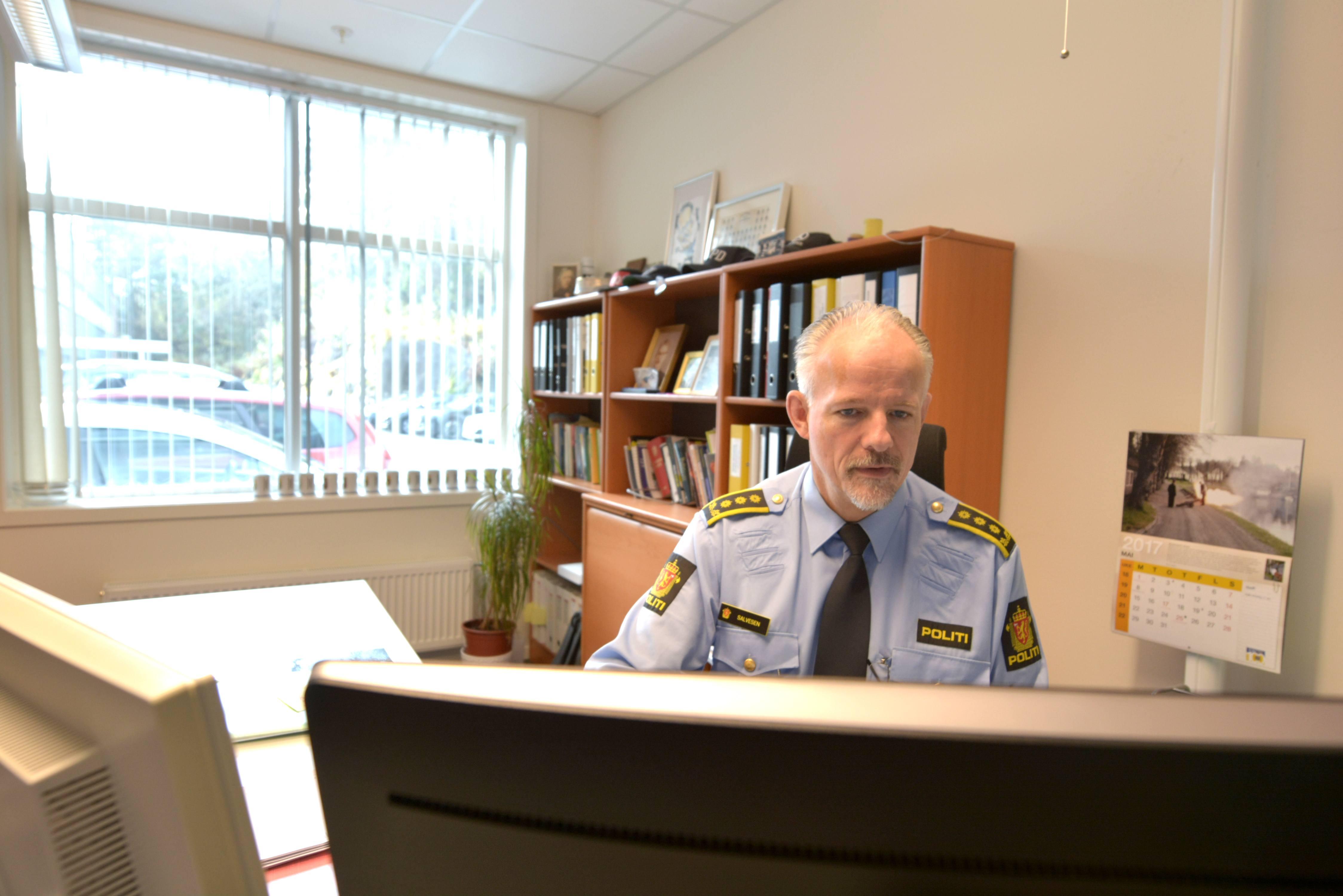 – Sosiale medier blir brukt i stor utstrekning for kjøp og salg av pirattaxi, sier Tore Salvesen, ved politiet.